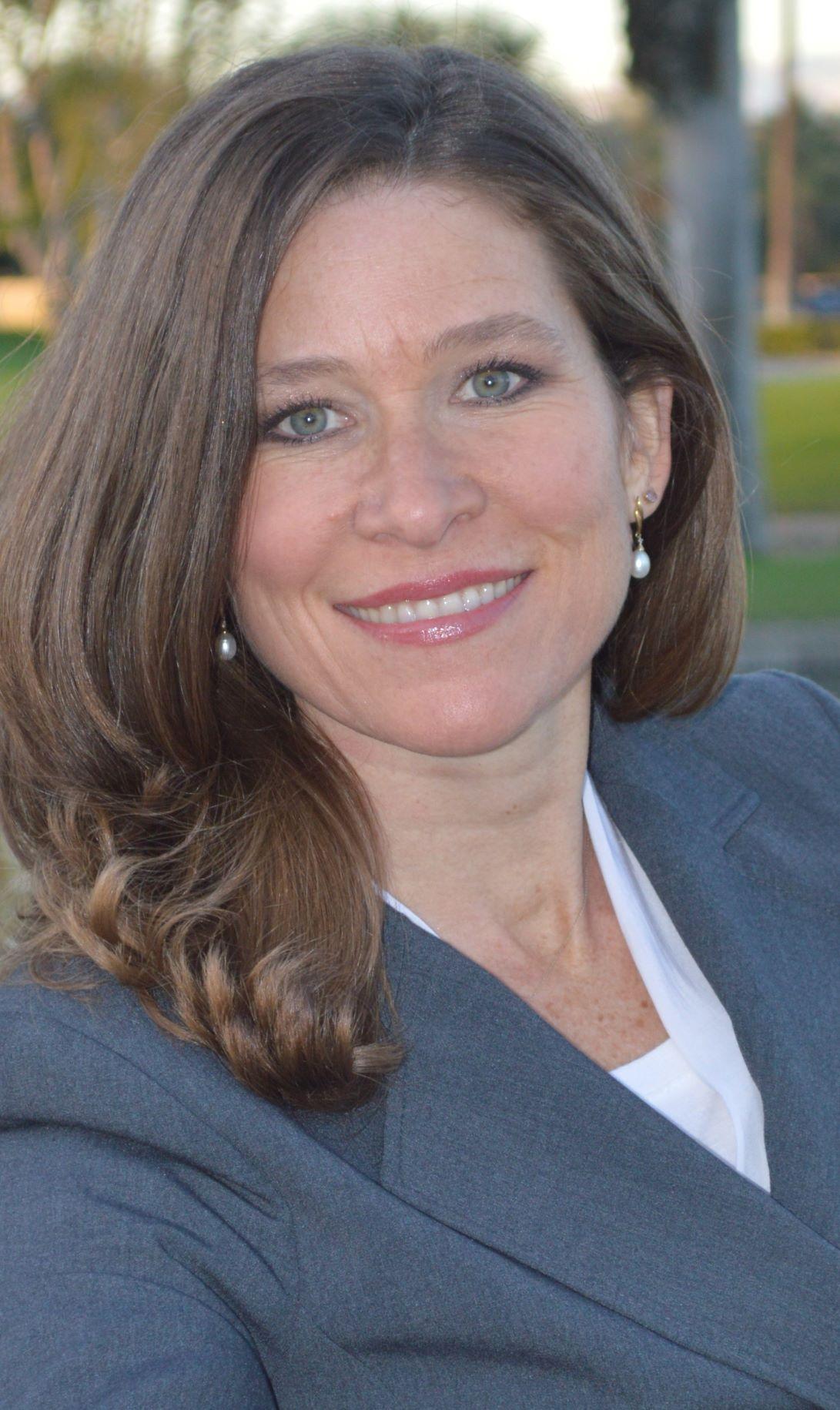 Elizabeth Livengood | N.D.